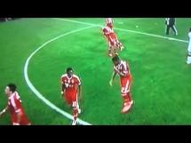 Alaba i Boateng tańczą po wygranej z Man Utd