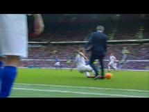 Mourinho sfaulował piłkarza!