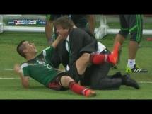 Radość trenera Meksyku po drugim golu z Chorwacją