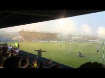 Kibice oszaleli na stadionie podczas wielkiej ulewy