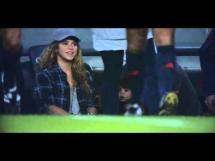 Shakira z synkiem na ławce Barcelony