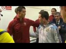 Serdeczne przywitanie C. Ronaldo i Messiego