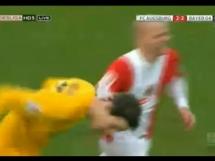 Gol bramkarza Augsburga w ostatniej minucie meczu z Leverkusen