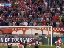Gol Milika w meczu z FK Jablonec