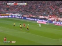Dwa gole Lewandowskiego w meczu z Borussią Dortmund