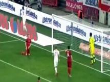 Gol Milika na 1-0 z Czechami!