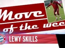 Lewandowski robi triki podczas treningu Bayernu