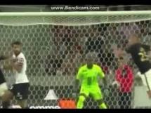 Gol Kamila Glika przeciwko Lille