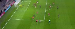 Drugi gol Lewandowskiego z PSV