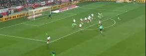 Bramka Mevlji w meczu z Polską