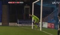 Niesamowite interwencje Grabary w meczu z Crystal Palace!