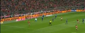 Gol Lewandowskiego z Schalke 04!