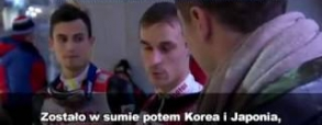 Piotr Żyła rozmawia z Robertem Lewandowskim