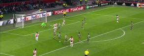 Ajax minimalnie wygrywa z Legią! Koniec marzeń! [Skrót] [Wideo]