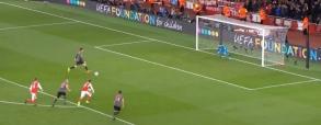 Bramka Roberta Lewandowskiego z Arsenalem!