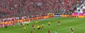 Bramka Lewandowskiego z Borussią! Co za początek Bayernu!