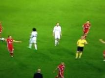 Czerwona kartka dla Arturo Vidala w meczu z Realem