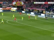 Dublet Lewandowskiego w meczu z Wolfsburgiem!