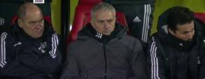 Piękny gol Younga i reakcja Jose Mourinho!