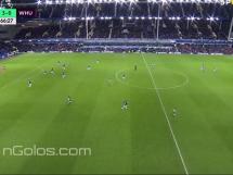 Wayne Rooney strzelił gola zza polowy!