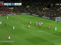 Niefortunna interwencja Lukaku przy golu City!
