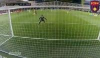 Leo Messi zabawił się z defensorami Villarrealu! [Wideo]