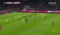 Minimalna wygrana Bayernu z FC Koln! [Wideo]