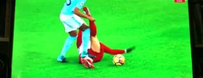 Kontuzja Krychowiaka! Brutalny atak Fernandinho!