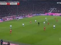 Gol Roberta Lewandowskiego z Schalke!