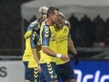 Drugi gol Kamila Wilczka! Bramka przeciwko Lyngby!