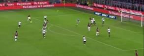 Fatalny błąd bramkarza Genui! Kuriozalny gol!