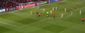 Bramka Fellainiego i reakcja Mourinho!