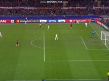 Pudło Undera w meczu Roma - Real!