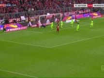 Gol Lewandowskiego z Hannoverem!