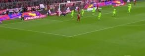 Gol Lewandowskiego przeciwko Hannoverowi!