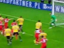 Bramkarz Bytovii zdobył gola na wagę spadku Katowic!