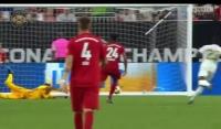 Kolejny gol Lewego w ICC! Bramka z Realem! [Wideo]