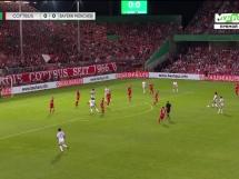 Dwa gole Lewego w DFB Pokal!