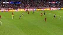 Lewy z golem! Bayern pokonał Crvenę! [Filmik]