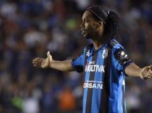 Debiut Ronaldinho w Mexico Cup.