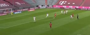 Lewandowski strzela hat-tricka w meczu Bundesligi! Bayern prowadzi 4:0 [WIDEO]