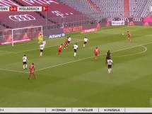 Perfekcyjne uderzenie Lewandowskiego! Polak zdobywa bramkę w 2. minucie meczu [WIDEO]