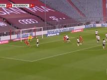 Kosmiczny gol Lewandowskiego! Polski napastnik strzela na 3:0 [WIDEO]