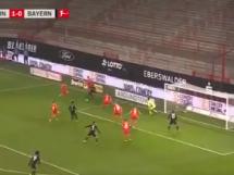 Robert Lewandowski się nie zatrzymuje! Gol Lewandowskiego w meczu Bundesligi