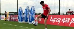 Lewandowski pokazał niesamowitą technikę podczas treningu! Kibice są pod wrażeniem [WIDEO]