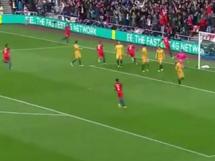 Anglia 2:1 Australia