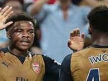 Singapur XI - Arsenal Londyn