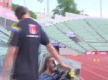 Zlatan wrzucił skórkę banana do kamery