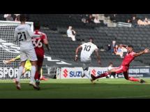 Milton Keynes 2:0 Accrington