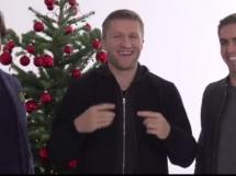 Pirlo i Lahm mówią po polsku!